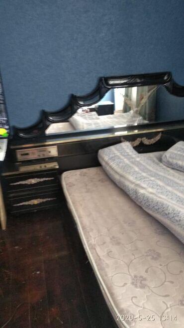 İki nəfərlik yataq heç bir oroblemi yoxdu keyfiyyətli materialı var