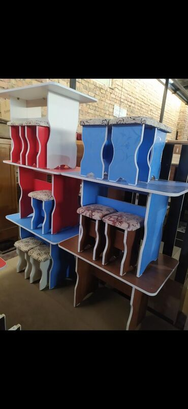 Новый кухонный стол табуретки Стол со стулчиками Стол на кухню с 4 таб