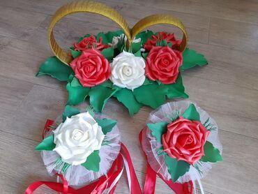 цветы для украшения в Кыргызстан: Кольца для оформления свадебной машины, в комплекте цветы с лентами дл