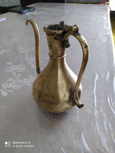 Спорт и хобби в Баткен: Антиквариат! Материал или латунь или медь (различить не смог). Вещь