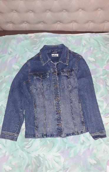 Teksas jakna zenska - Srbija: Zenska teksas jakna, u dobrom stanju, velicina 42