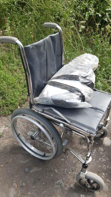 Продаю инвалидную кресло-коляску узкая Nuova Blandino GR106