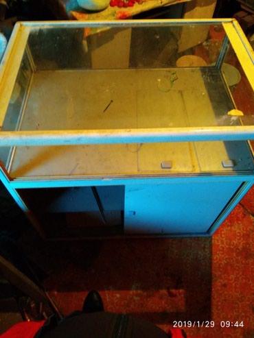 Срочно продаю витрины. Размеры 50/70 высота 110 . 70/100 высота 90 в Бишкек