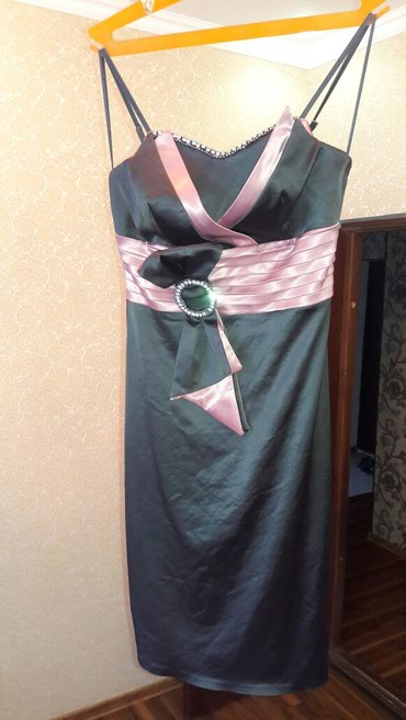 Безумно красивое платье Турция р(l.m) 850с в Бишкек