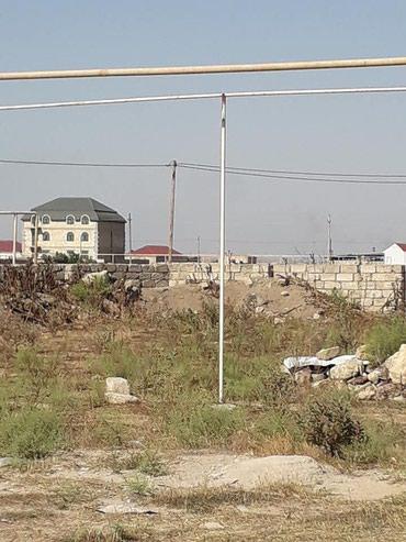 Bakı şəhərində Yeni suraxani  ərazisində torpaq sahəsi satilir.Sənədi