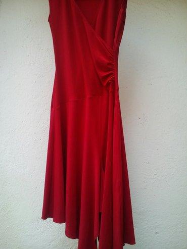 Prelepa crvena haljina vel. S (8) - Kursumlija