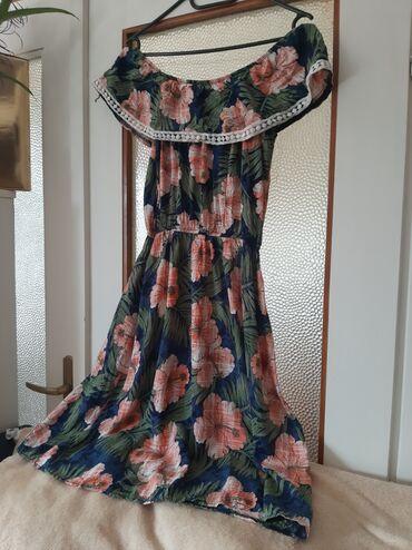 Ženska odeća | Crvenka: Divna letnja haljina. materijal jako prijatan jednom nosena