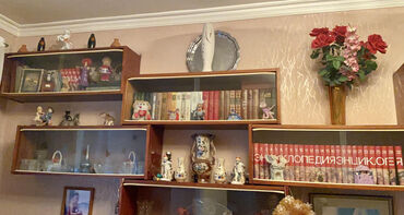 железная мебель в Азербайджан: Срочно продаются настенные полки - 1 полка 10 манат