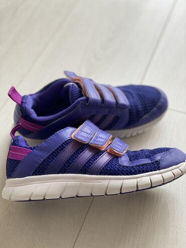 adidas ace в Кыргызстан: Продаю детские кроссовки Adidas 34 размер