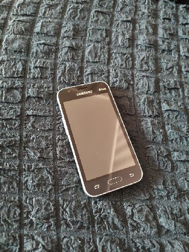 instax mini 8 в Кыргызстан: Самсунг j1 mini .8 гиг. память., состояние хорошее, рабочий телефон