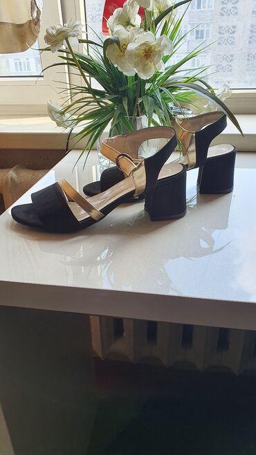 Турция . Очень красивая обувь. Эко Кожанные.Размер 40. Заказали размер