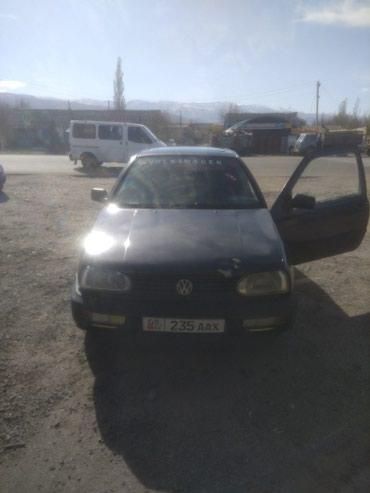 Volkswagen Golf 1992 в Кемин