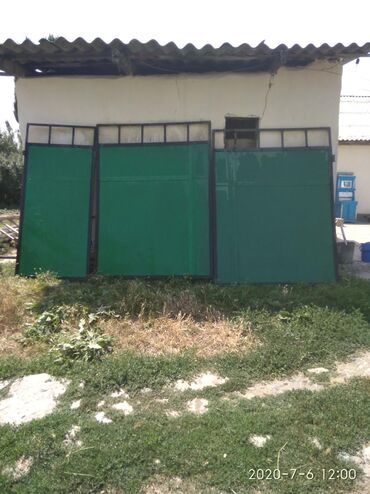 Продаю ворота б/у. длина 3.05м высота 2.03м. калитка 93см