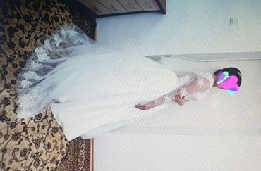 Свадебные платья - Кок-Ой: Срочно!!! Продаю свадебное платье. Было сшито на заказ есть не большой