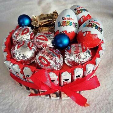 Prelepa dekoracija sa kvalitetnim slatkisima super poklon