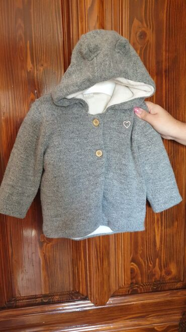 Dečije jakne i kaputi   Smederevska Palanka: H&m duks jaknica debelo bas 86 vel