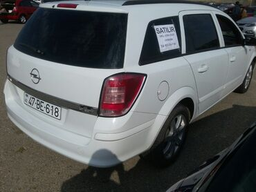 - Azərbaycan: Opel Astra 1.9 l. 2006 | 250000 km