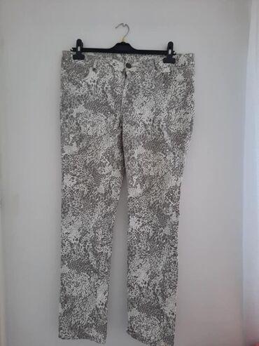 Letnje pantalone - Srbija: Pantalone Janina 44 cena 950pamuk,elastintanke letnje,sirina pojasa 48
