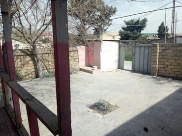 Bakı şəhərində Bilceri qəsəbəsində yola yaxın 5 otaqlı ümumi sahəsi 450 kv