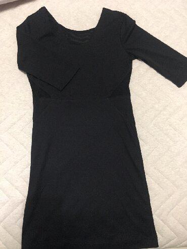 туника трикотажная с длинным рукавом в Кыргызстан: Продаю платье черное, рукав три четверти, покупали в Корее, по бокам