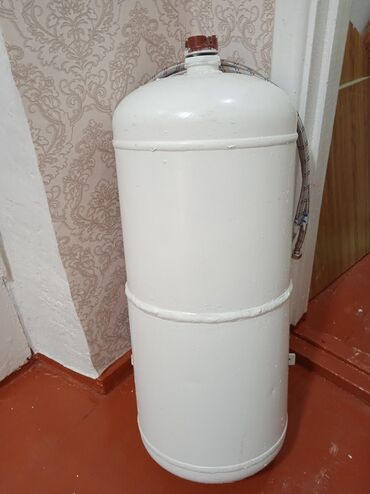 Электроника - Кара-Балта: Продаю водонагреватель 50 л Кара балта