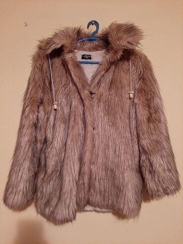 Krzneni kaputi - Kraljevo: Zenska bunda od ekokrzna  Potpuno ocuvana  2000 din