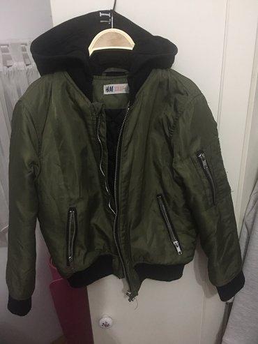 H&m jaknica za dečake