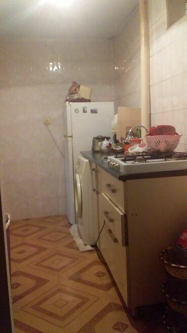 1 otaq ev satıram - Azərbaycan: Satılır Ev 52 kv. m, 1 otaqlı