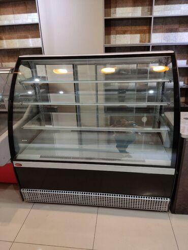 Витрина холодильная  Veneto VS-1,3 Состояние отличное!
