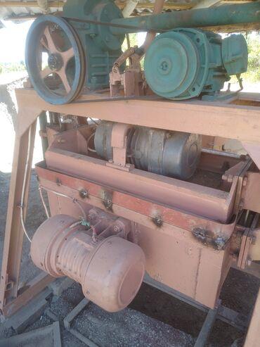 Оборудование для бизнеса в Чолпон-Ата: Станок Гатовый бизнес Станок три ды тумба чыгарчу станок сатылат 3 тум
