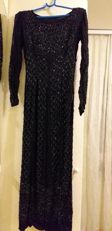 Prodajem večernju haljinu sa sljokicama duga sa velikim slic korišćeno - Borca - slika 3