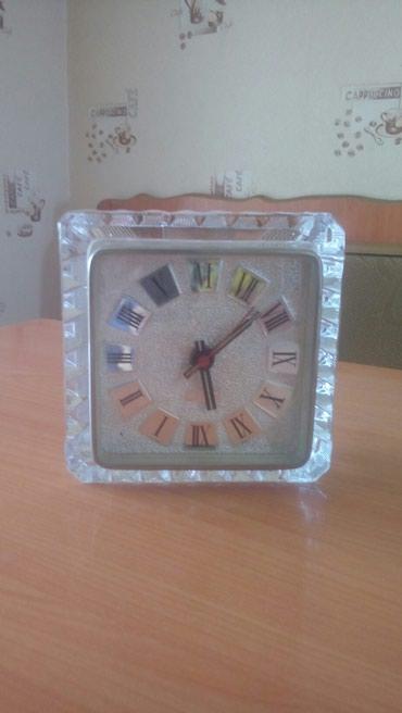 Антикварные часы в Азербайджан: Təmiz xrustal saat işləmir