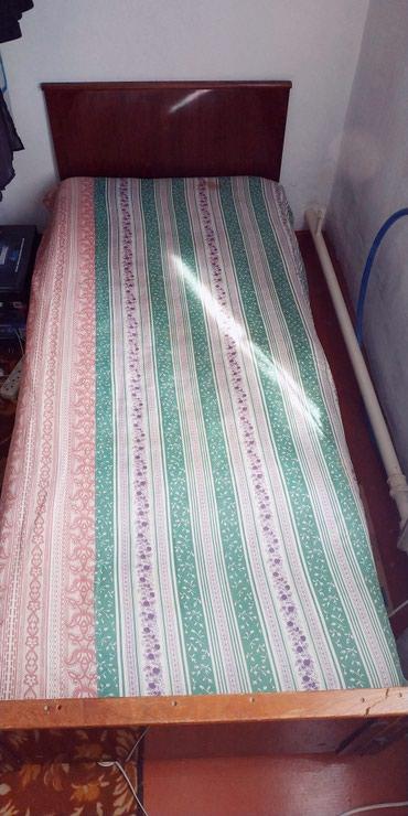 Продаю 1ну спальную кровать. В хорошем состоянии. Вместе с матрасом. в Бишкек