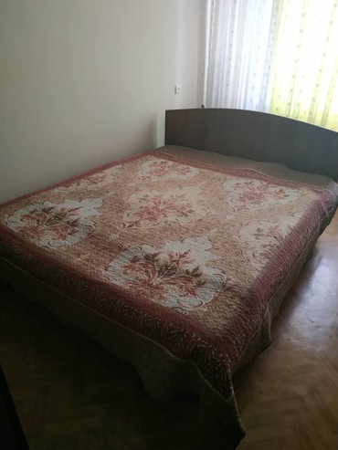 Продаю 2х спальнюю кровать, б/У, в отличном состоянии. Матрац. в Бишкек