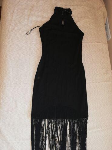 Svecana Tally Weijl crna haljina sa resama na dnu, jako lepo stoji