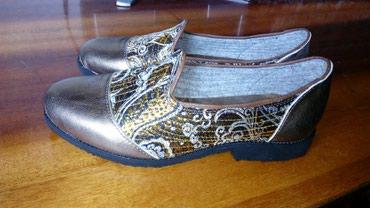 Женская обувь в Кемин: Женские слипперы ручной работы. Размер :38