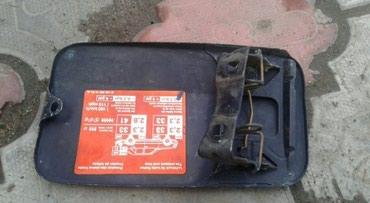 Продаю на Мерс 124 баковский крышка в хорошем состоянии. в Бишкек