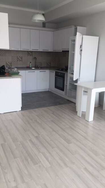комнаты в общежитии в Кыргызстан: Сдается квартира: 2 комнаты, 70 кв. м, Бишкек