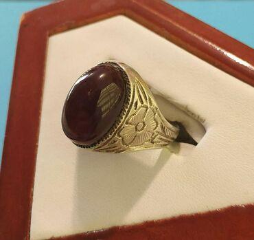 Qaşı Xorasan əqiqi olan gümüş üzük satılır. qiyməti: 70 manat