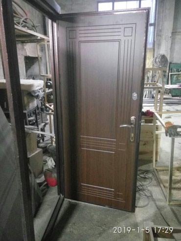 Бронированые двери! Толщина металла 2мм.Размер 2.05×0.90. в Бишкек