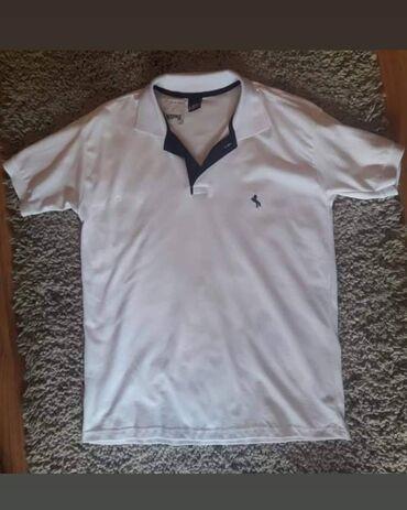 Muska majica sa kragnom, velicine M,L,3XL Cena 1399 din. kc