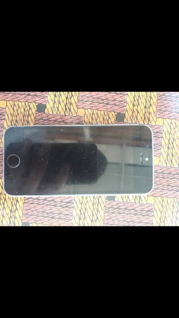 chehol fotoapparat dlja iphone 5 в Кыргызстан: Б/У iPhone 5s 16 ГБ Черный