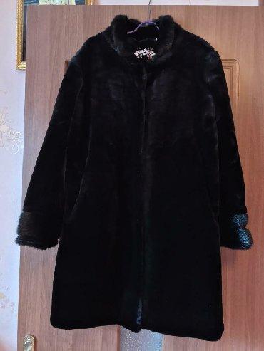 черная шубка в Кыргызстан: Шубка в отличном состоянии, ношена 2р Цена договорная