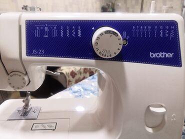Швейная машина Brother js-23 Почти новая пользавалась 3раза Без торга