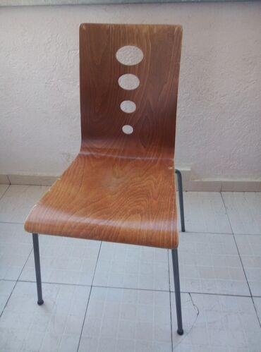 Htc one m8 16gb glacial silver - Srbija: Stolica je vrhunskog kvaliteta. Nova placena 11500rsd. Odozgo je drvo