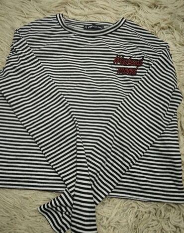 Zenska bluza S/MNova, kupljena u New yorker Za bilo kakva dodatna