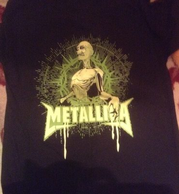 Metallica tshirt large