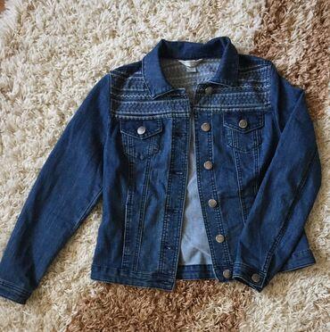блузки-рубашка в Кыргызстан: Отдам пакетом за 1000***Джинсовая курточка - 500Рубашки, толстовка и