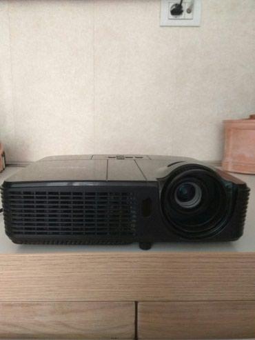Проектор в отличном состоянии в Bakı