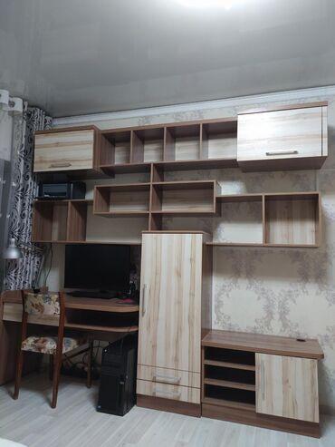Продаем подростковую мебель. В отличном состояние. Много полезных поло